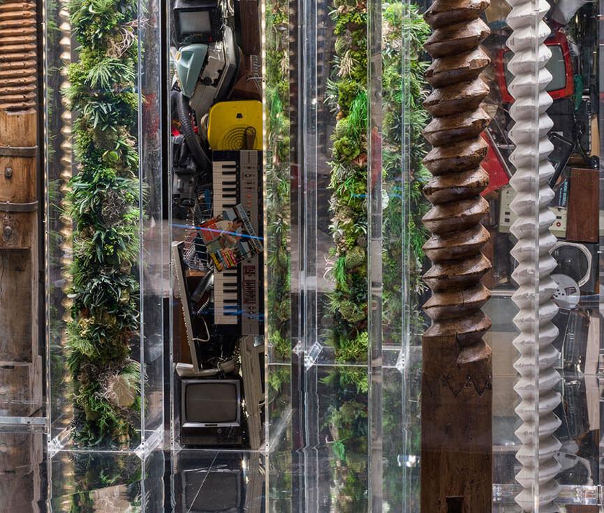 Instalación iluminación jardín vertical Loewe