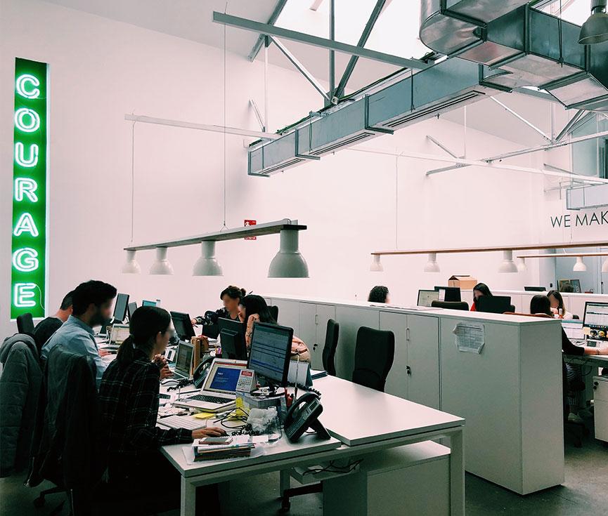 Instalación estructura telecomunicaciones Apple Tree Madrid