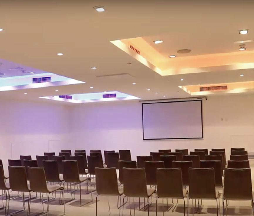 Control iluminación sala reuniones hotel ME Reina Victoria