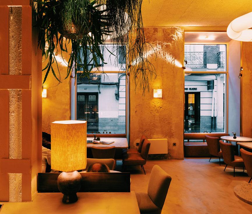 Instalación iluminación restaurante Barquillo