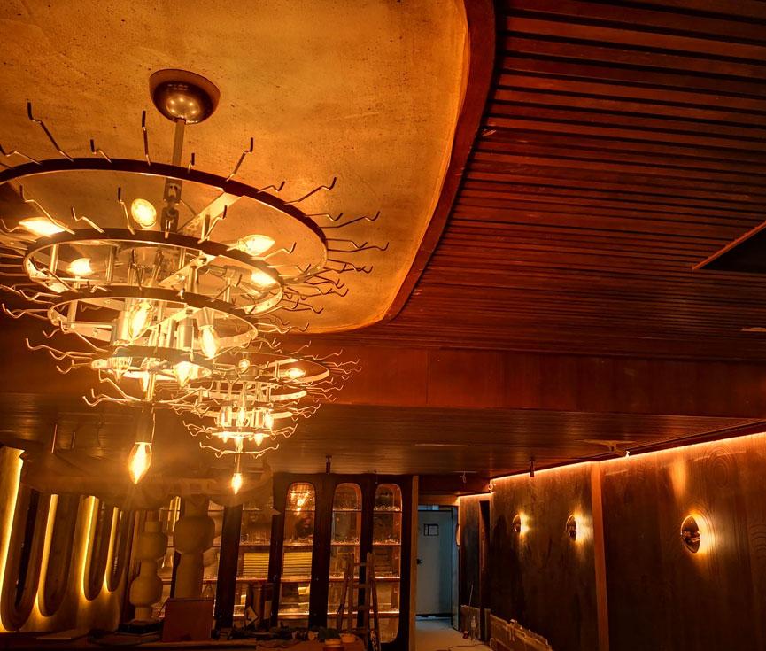 Obra instalación lámparas de Murano Madrid