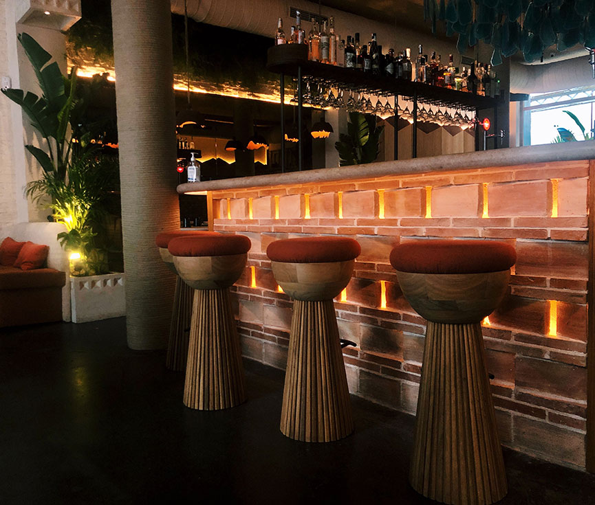 Luminarias restaurante Barracuda MX